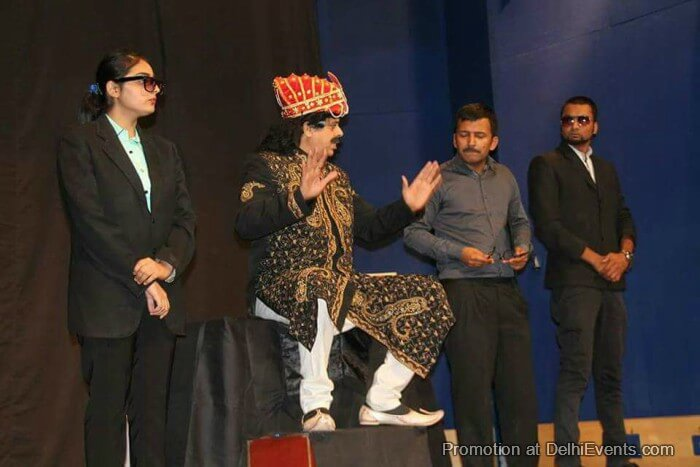 Bhavya Cultural Society Tajmahal Ka Tender Hindi Comedy Play Still
