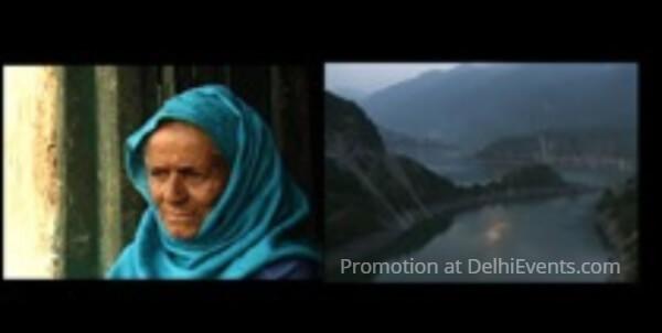 Apna Aloo Bazaar Becha Film Still