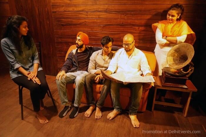 Baaki Itihaas Hindi Play Akshara Theatre Workshop Students Cast