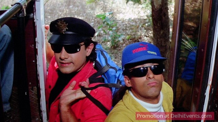 Andaz Apna Movie Still