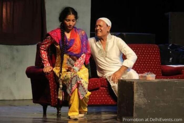 Mask Theatre Group Kirayedar Comedy Play Still