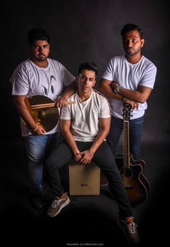 Taqdeer Band