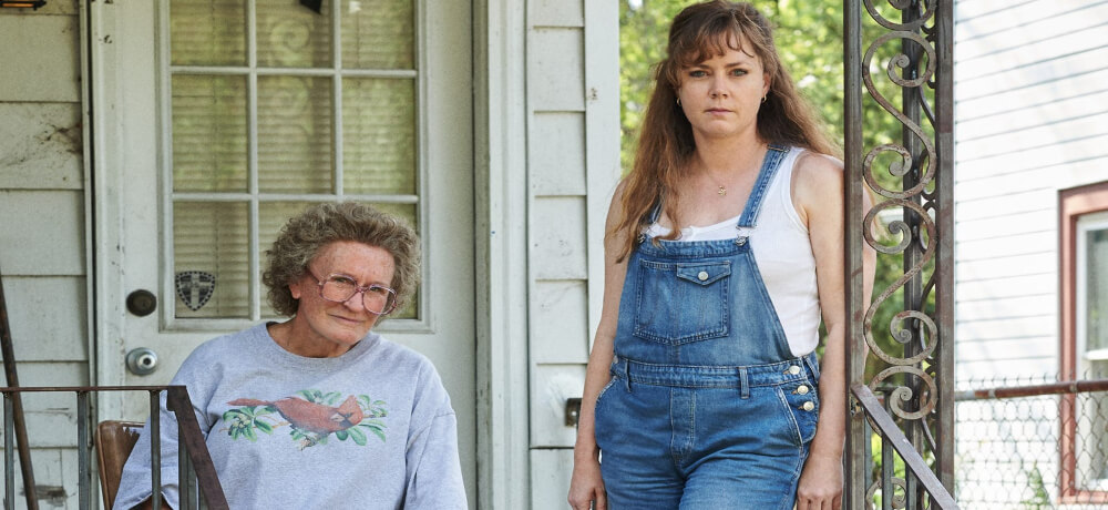 Hillbilly Elegy Amy Adams Glenn Close Netflix Still