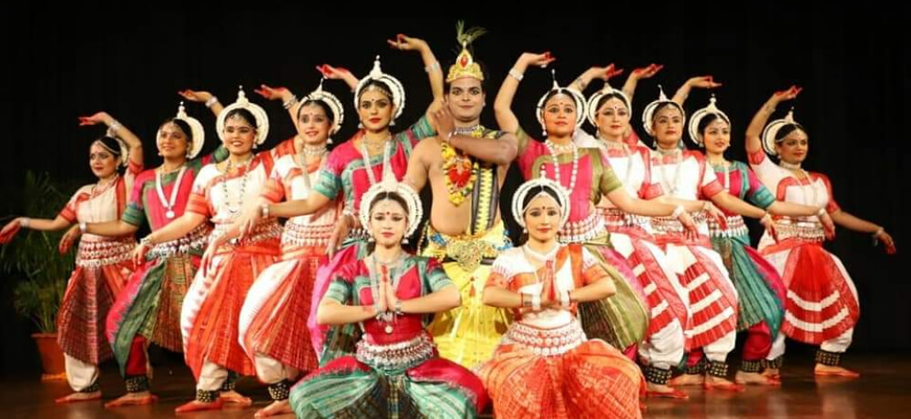 JAYANTIKA Mayadhar Raut School Odissi Dancers Still