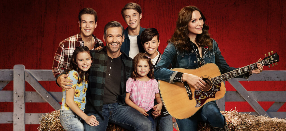Country Comfort Katharine McPhee Eddie Cibrian Ricardo Hurtado Netflix Still